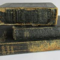 damaged-covers-and-spines-1.jpg